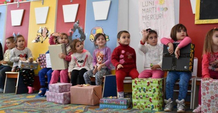 Nikolauskonvoi Kinder Geschenke